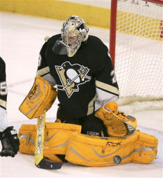 capt72a34d20be134433be0329b9173661ffsabres_penguins_hockey_paks119.jpg