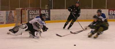 me_hockey1.jpg